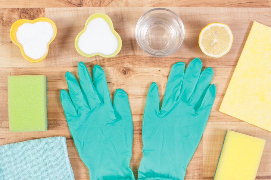 Accessories and nontoxic detergents for cleaning home
